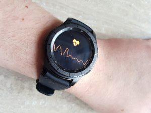 Gear S3 pulso matuoklis